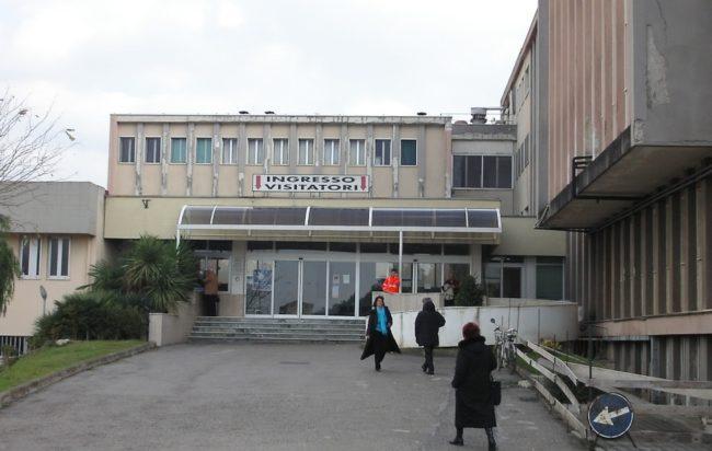 ospedale-battipaglia-ingresso-650x412